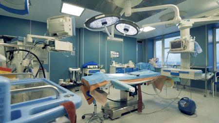 وجود یو پی اس بیمارستانی برای تجهیزات مختلف موجود در بیمارستان ضروری است